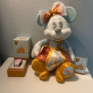 Minnie Mouse Main Attraction July Bundle
